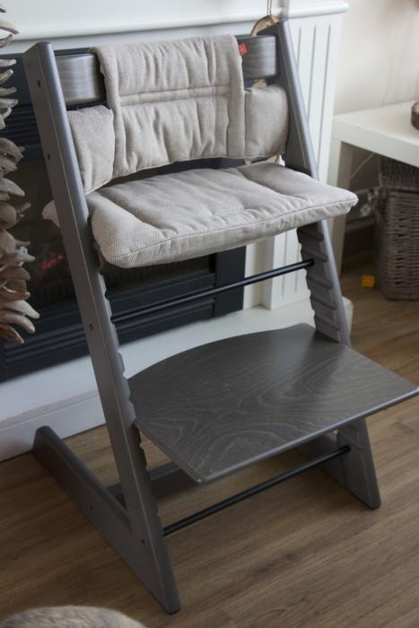 de mooie kleur van mijn stokke tripp trapp meisje eigenwijsje. Black Bedroom Furniture Sets. Home Design Ideas