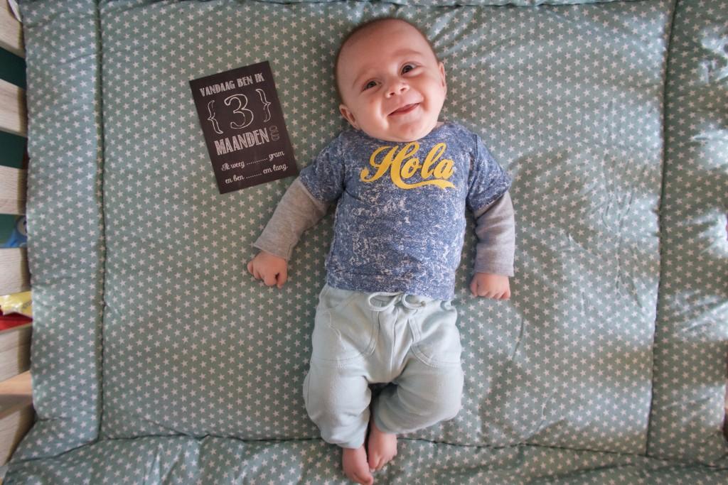 Baby Milo 3 Maanden Oud Meisje Eigenwijsje Moederschap En