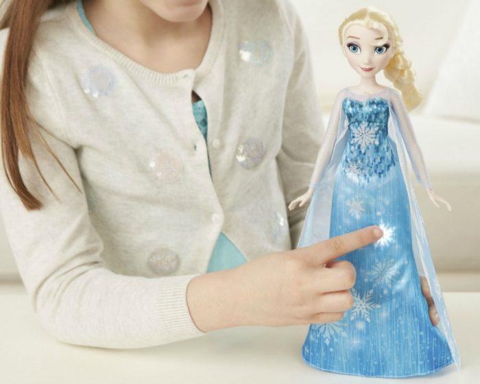 Elsa met pianojurk