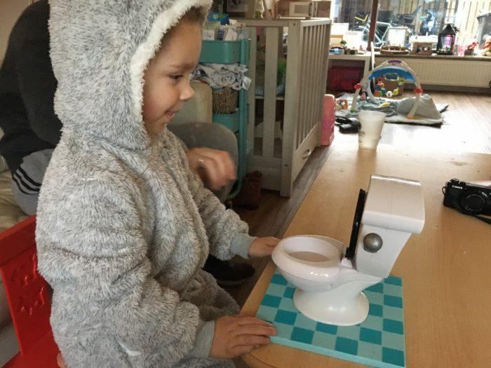 toiletpret kerst spelletjes voor kinderen en volwassenen
