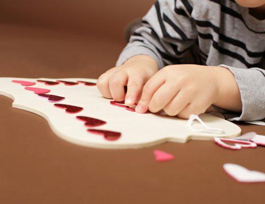 Je kind omkopen met stickers en cadeaus
