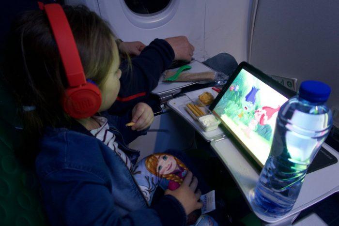 vliegtuig tablet kind