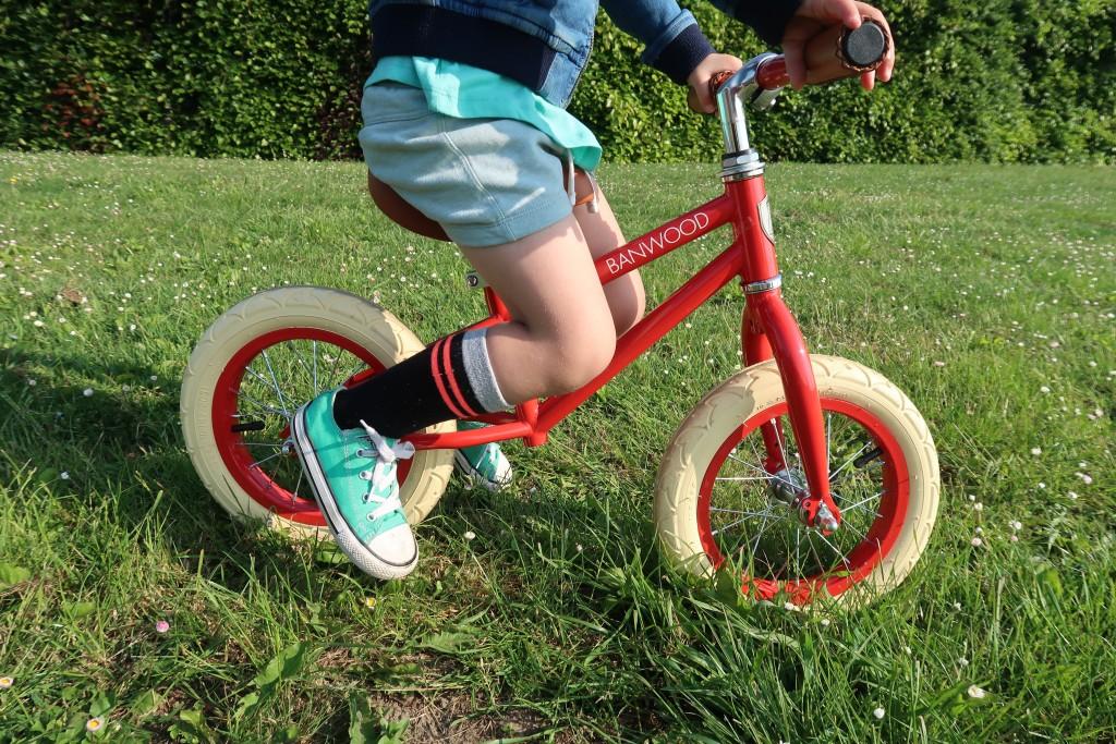 leren fietsen eerst loopfiets banwood