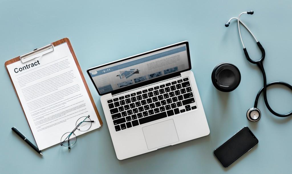 Veranderingen in de zorgverzekering - In 2019 verandert er weer een boel qua zorgverzekeringen. Onder andere de premie gaat omhoog, maar waarom eigenlijk? Ik vertel hierover in het artikel!