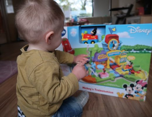 Review Vtech Toet Toet Disney Mickey's treinstation